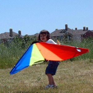 Twirling with the kite by oddharmonic, used under the CC-BY-SA license_resized